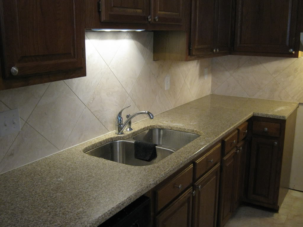 Kitchen Wall Tiles | Tiles Backsplash